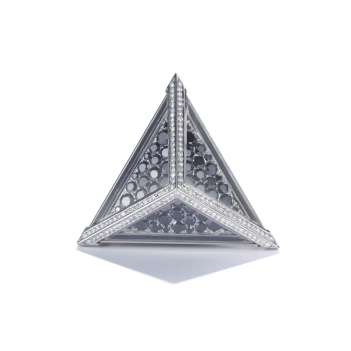 """CATHERINE GOURGOURY Bague """"Triangle""""Or, Diamants Crédit MCM"""